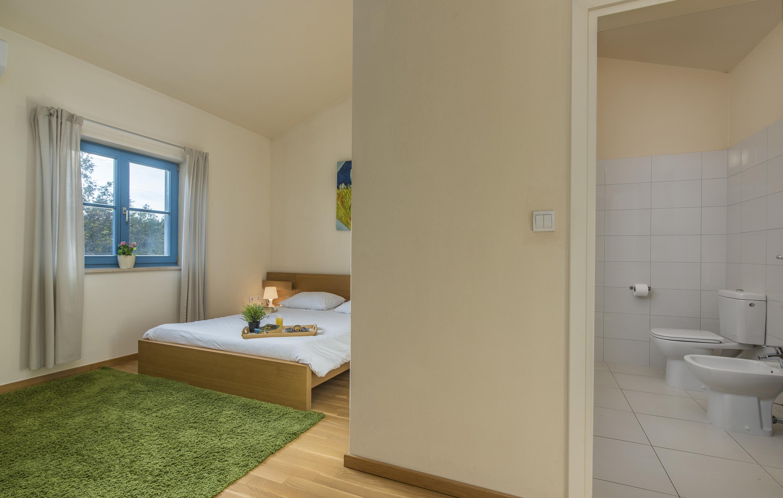 villas adagio villa septima. Black Bedroom Furniture Sets. Home Design Ideas